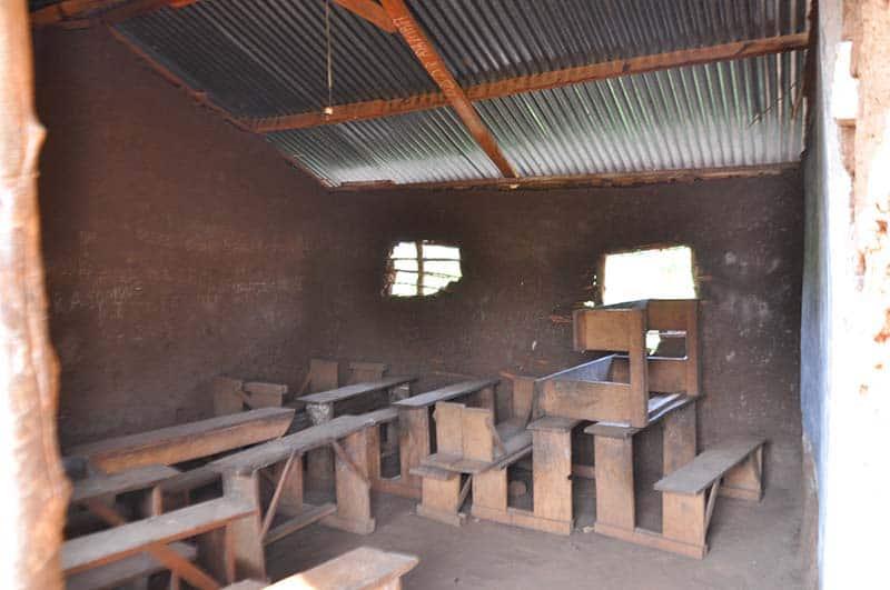 Klassenzimmer Uganda Kibaale St Veronica School2