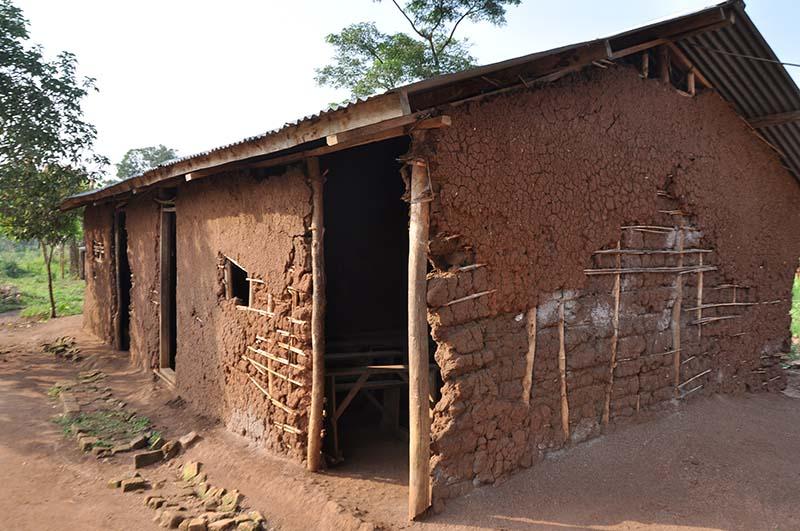 Klassenzimmer Uganda Kibaale St Veronica School3